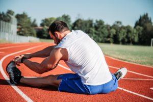 Você sabe porque é importante realizar alongamentos?