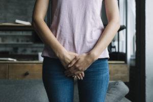 Médico também de mulheres, urologista trata cálculo renal, incontinência urinária e cistite