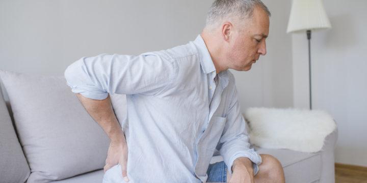 O que pode desencadear a dores no nervo ciático?