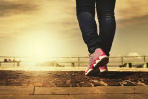 Sedentarismo e novas atividades físicas na quarentena podem causar problemas ortopédicos